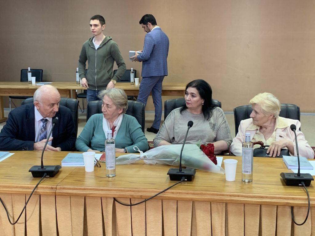 Презентация четвёртой монографии о воссоединении Осетии